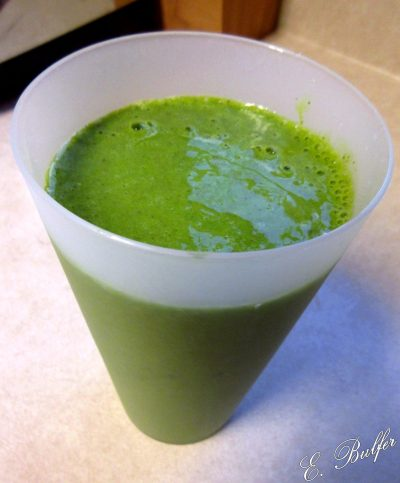 Kale Banana Smoothie, complete